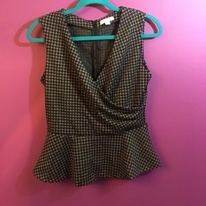 New York and Company - gray top size 8